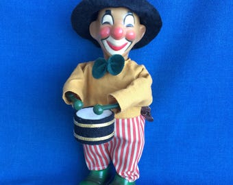 Vintage Clown Playing Drum Wind Up Toy Super Cute! Super Cool! Circus Fun!