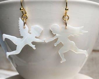 Angel Earrings Cupid Earrings 14K Gold Shell Earrings Valentine Gift Fighting Angels Gift for Her Whimsical Jewelry Fighting Cupid Earrings