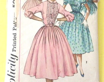 Simplicity 2126 Misses' Vintage 1950s Dress Full Skirt Fitted Bodice Vintage Sewing Pattern Bust 34