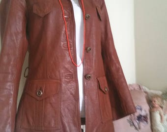 vintage faux leather jacket, worn aged look, 70s clothing, big collar pockets, 70s tan jacket