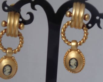 Vintage Cameo Drop Earrings in Matte Gold Metal