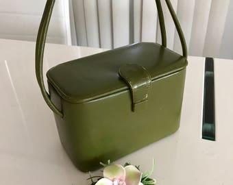 Vintage 1940's era Avocado Green Leather Box Purse -- Fantastic Color!