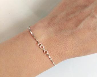 Infinity Bracelet Sterling Silver, Tiny Infinity Charm Bracelet, MInimalist Silver Chain Bracelet, Everyday Bracelet