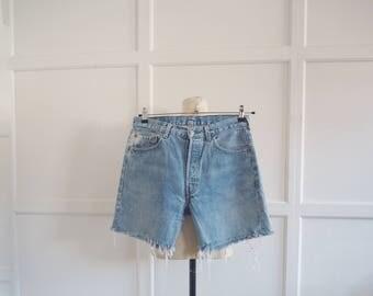 Vintage distressed denim Levi's shorts 501s w33