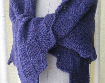 ENCHANTED PURPLE: Hand Knit Shawl Triangle Scarf in Pure Virgin Wool / Feminine Gift / Ready to ship