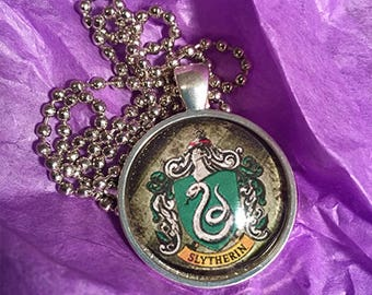 Harry Potter House Crest Jewelry, Slytherin Necklace, Gryffindor Necklace, Hufflepuff Necklace, Ravenclaw Necklace, Harry Potter Jewelry