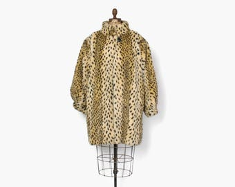 Vintage 60s Style Faux Fur Coat / 1980s does 60s Leopard Print Plush Coat