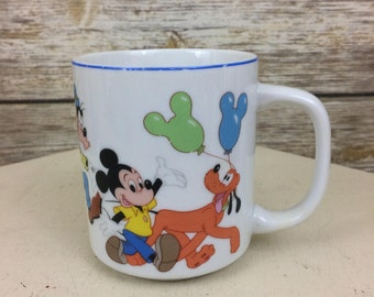 Disneyland Walt Disney World Made In Japan Mickey Mouse & Friends Parade Coffee Mug