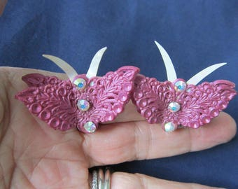 Pretty Pink Earrings-Lacey Plastic FLOWER- Clip -  Pink Rhinestone Centers-Excellent Condition-Vintage