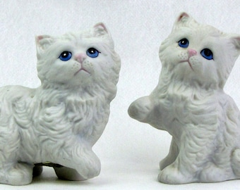 Vintage White Cats Ceramic HOMCO Blue Eyes