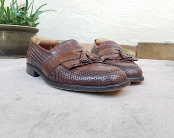 Vintage Mens 10 Bostonian Florentine Italian Leather Slip on Fringe Loafers Oxfords Wingtips Brogues Dress Shoes Braided Woven Shoes