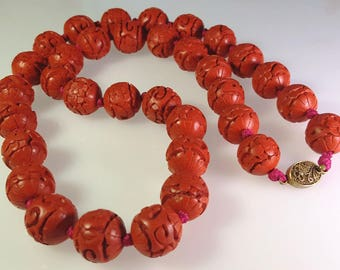 Beautiful! Vintage Chinese Red Hand Carved Cinnabar Bead Necklace Hand Knotted 26""