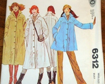 Vintage 1970s Sewing Pattern McCalls 6312 Swing Coat, Lined Buttoned Raincoat Tucked Jacket Womens Misses Size 6 Bust 30 Uncut Factory Folds