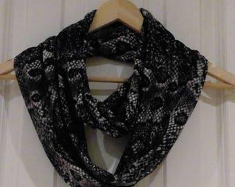Infinity scarf animal print - loop endless circle scarf - tube eternity