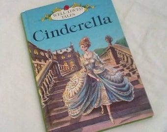 Vintage Ladybird Book Cinderella Series 606D Well- loved Tales Grade 3 - 50p - Matt Covers