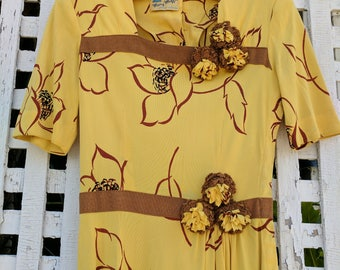 1930s 1940s Rayon Jersey Dress Mary Muffet Limited Edition Yellow Brown Floral Day Dress XS 25/26 waist