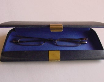 Vintage Eye Glasses in Original Case Optician Spectacles Early 1900's