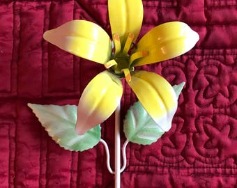 Vintage Shabby Chic Metal Yellow Flower Daffodil Wall Hook Toleware