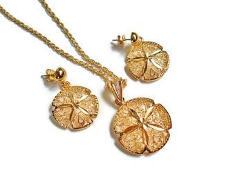Gold Sand Dollar Necklace Dangle Earrings Vintage Retro Jewelry Set, Petite Nautical Beach Jewelry