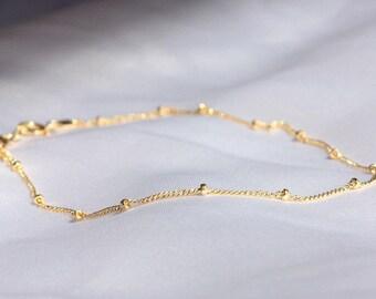 Gold Beaded Bracelet 14k  - gold Dainty Bracelet - Gold filled bracelet  -  Layering Bracelet - Satellite Bead Bracelet