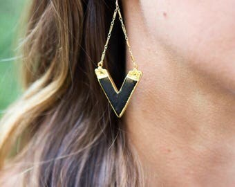 ARROW 'V' STATEMENT EARRINGS // Turquoise, Black Gold Geometric Earrings - Triangle - Gold-Filled, High Quality - Statement Earrings
