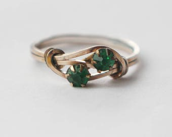 Vintage Brass and Green Glass Ladies Ring  UK size O US 7.25