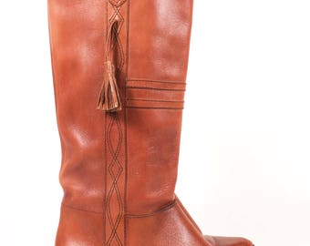 VINTAGE Brown Leather Equestrian Tall Riding Boots w Tassel sz 9 | Cognac Leather Stitched heeled boots