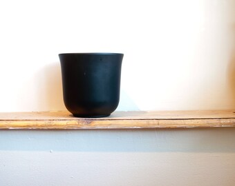 Matte black flower pot/ planter/ west german