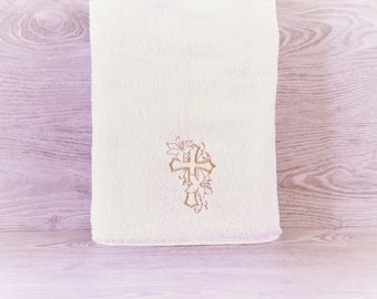 Cross Towel /Religion / Personalized Towel / Monogrammed Towel / Hand Towel / Wedding Towels / Embroidered Towel / Gift / Baby Towel