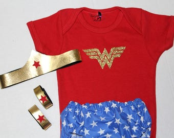 Baby Wonder Woman Outfit - Baby Halloween Costume - Super Hero Baby - Girl Halloween Costume - Newborn Photo Prop - Wonder Woman - Dress Up