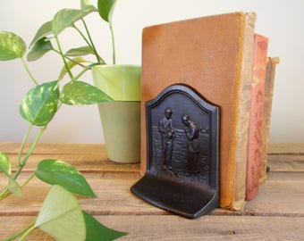 The Angelus Call To Prayer Cast Iron Bookends – COPR 1928