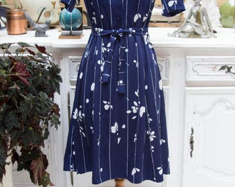 Vintage 1960' Navy Dress with Belt