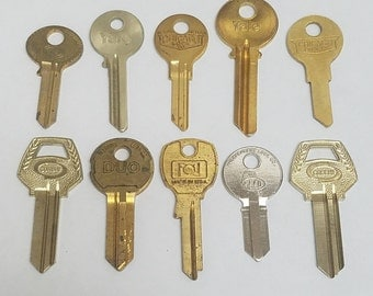 Vintage Key Blanks  |  10 Key Collection  |  Stamping Keys  |  Old Keys for Stamping  |  Group of Keys  |  Vintage Brass Keys | Antique Keys