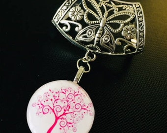 Pendant for scarf