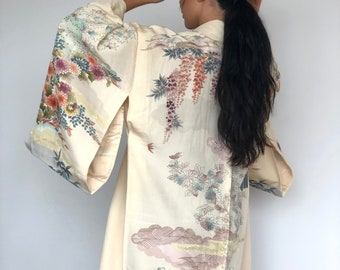 vintage clothing - Silk kimono robe with garden print, blossom - wedding or casual wear