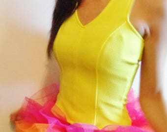 Wet Seal Retro EDM Rave 90s Style Neon Yellow Texture Knit Stetch Tank Top w Cutouts & Zipper Vtg Aesthetic Bright Fashion Size Small nwt