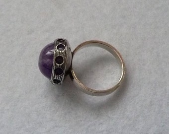 KNK (Finland). Ring. Silver and Amethyst. Vintage.