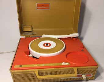 Solid State - Portable record player - unknown working condition