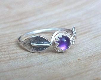 Sterling Silver Amethyst Leaf Ring, Silver Leaf Ring, Natural Silver Leaf Ring, Woodland Jewelry, Handmade Gemstone Ring