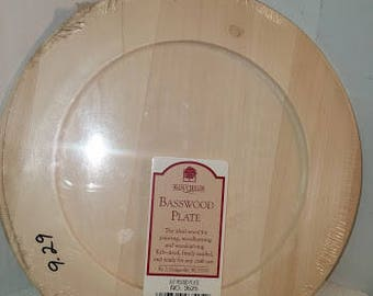 Round Basswood Plate