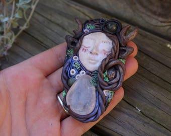 FORREST DWELLER - pendant.