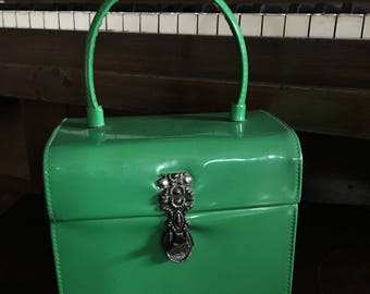 Green Vinyl Pocketbook