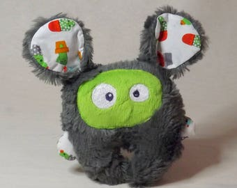 """Plush soft and original """"mini-bestiole"""" grey charcoal and green cactus by Chatfildroit"""