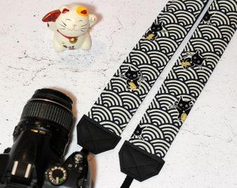 Maneki Neko camera strap | Padded reflex camera strap, SLR DSLR, blue wave pattern cotton with Lucky Cats | Japanese vegan camera strap