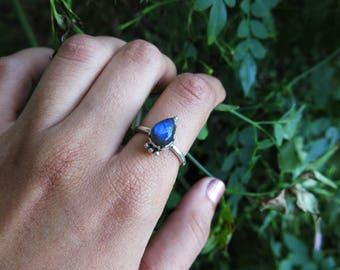 Size 7 Labradorite Raindrop  Sterling Silver Ring
