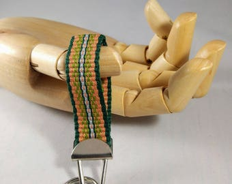Handwoven fingertip keychain - Melon orange and green