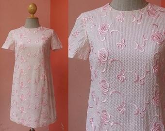 Pink Dress 60s Dress Lace Dress Vintage Dress 1960s Dress Women Dress Mod Dress Shift Dress Twiggy Dress Tunic Dress Mini Dress Short Sleeve