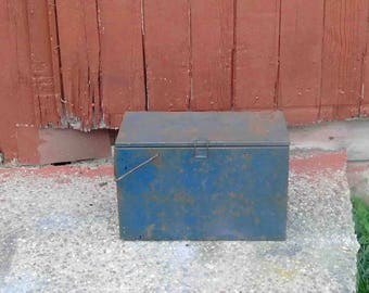 Vintage Metal Cooler With Ice Container, Picnic Cooler,Ice box ,Retro