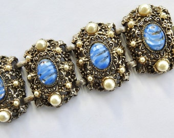 Wide Art Glass and Faux Pearl Bracelet