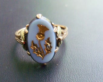 Vintage Oval Blue Jasper Stone with Gold and Clear Stone Thistle Design in a 14K Yellow Gold Ring - size 6